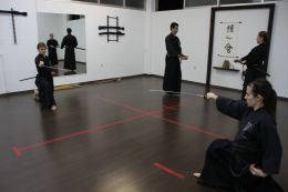 ../resources/photos/iaido/photos/01717.JPG